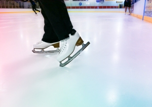 Figure skates on ice